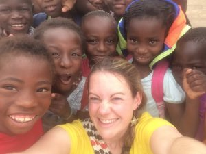 Lindsay with Zambian kids at Bwafano